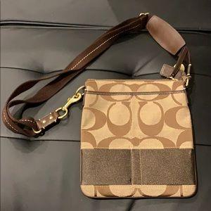Gently used Coach Ladies Flight Bag